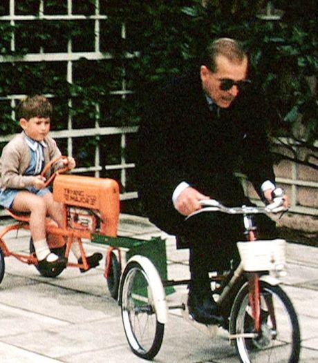 Moutarde au plafond et course à vélo: la famille royale partage des souvenirs inédits avec le prince Philip