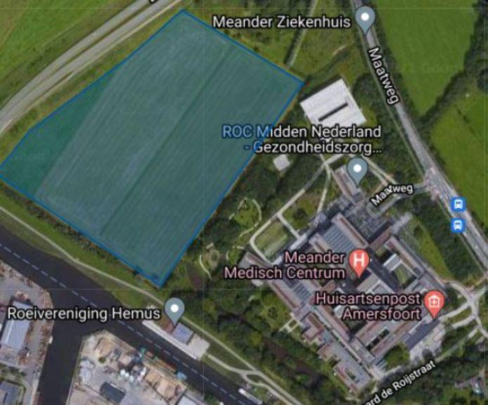 De plek van het geplande zonneveld met 22.000 panelen naast ziekenhuis Meander Medisch Centrum in Amersfoort.