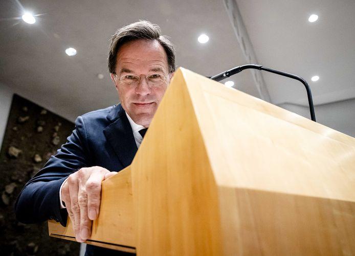 Demissionair premier Mark Rutte tijdens een schorsing van de Algemene Politieke Beschouwingen, het debat na de Troonrede op Prinsjesdag.