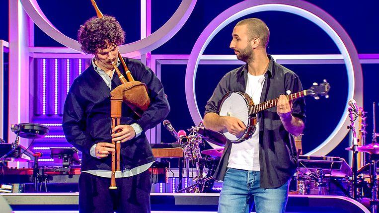 Senne en Lokko in 'Popquiz'. Beeld VTM