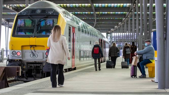 """6.000 reizigers nemen trein naar Oostende: """"Drukte is beheersbaar"""""""