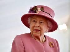 """Elizabeth II travaillera encore plus dur après la mort de son mari: """"Elle ne va pas abandonner"""""""
