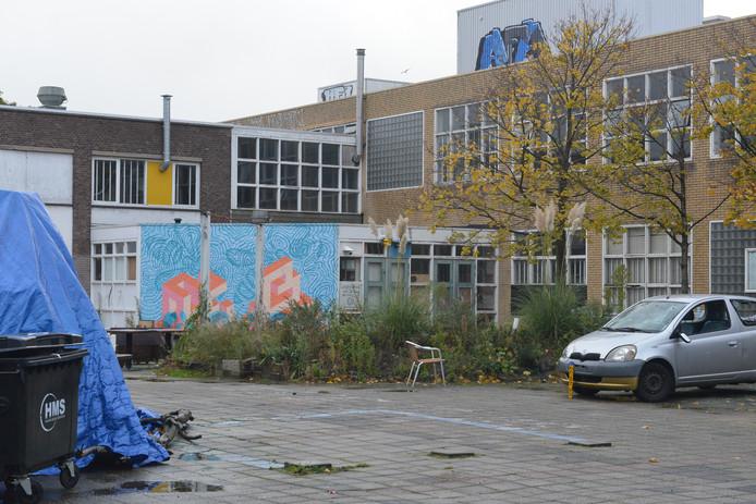 Het pand aan de Beatrijsstraat in Den Haag waar gisteravond een bijeenkomst van Kick Out Zwarte Piet werd verstoord.