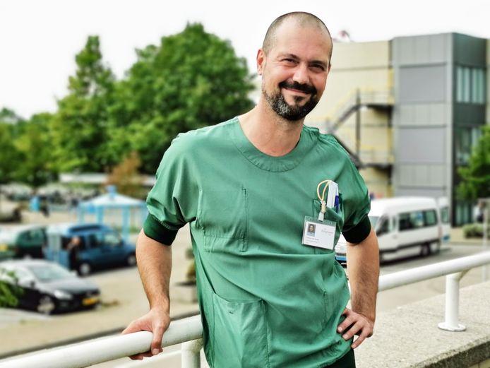 Francis De Smet, ic-arts.