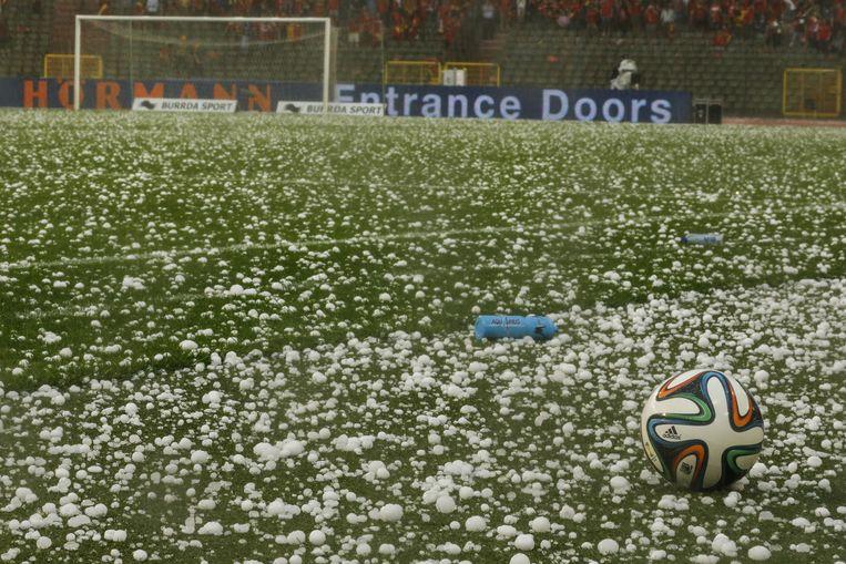 ...op het veld tijdens een oefenwedstrijd tussen België en Tunesië in Brussel vorige week... Beeld BELGA