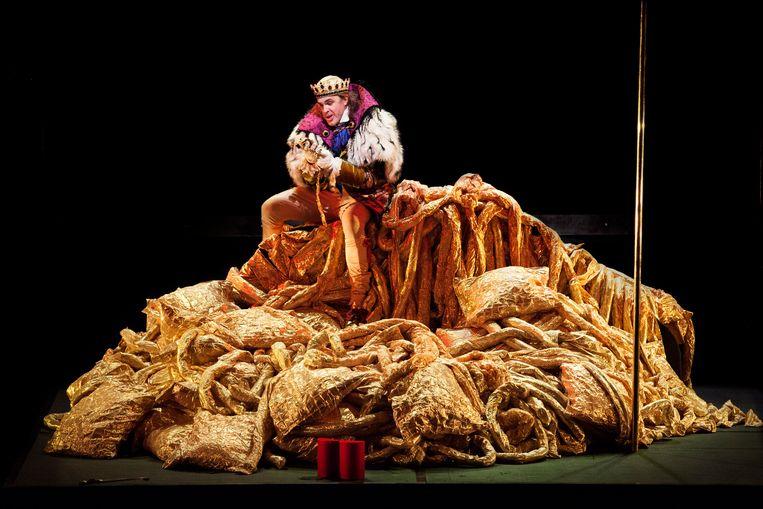 Simon Neal als Cardillac. Beeld Annemie Augustijns / Opera Ballet Vlaanderen