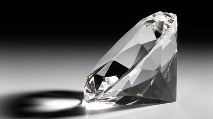 Man opgepakt die 5,5 miljoen aan juwelen wist te stelen onder ogen van juwelier