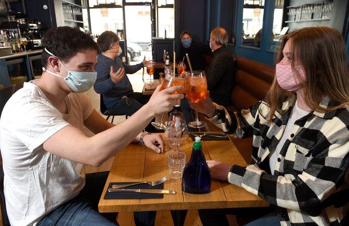 Dans les cafés et restaurants, il faudra installer un instrument de mesure du taux de CO2
