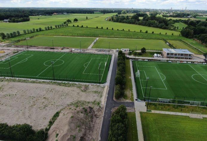 Sportpark Den Donk in Oisterwijk na aanleg van de nieuwe voetbalvelden bij Trinitas (juli 2020)