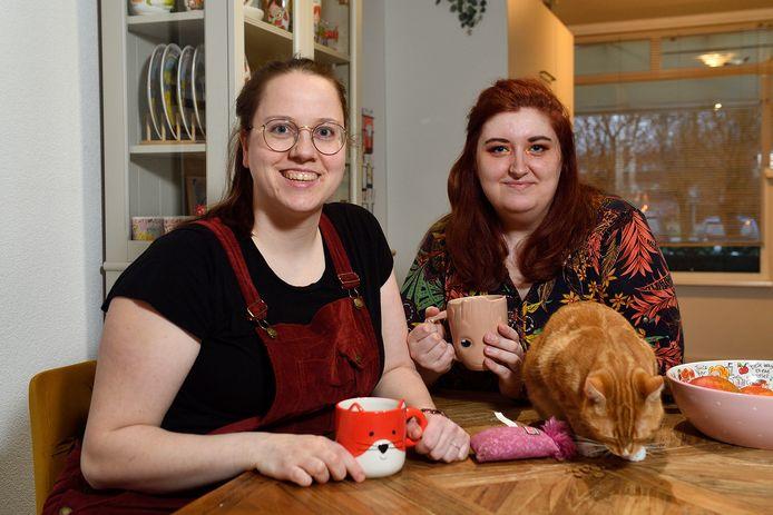 Thécla (links) en Demi deden een Twitteroproep voor een spermadonor