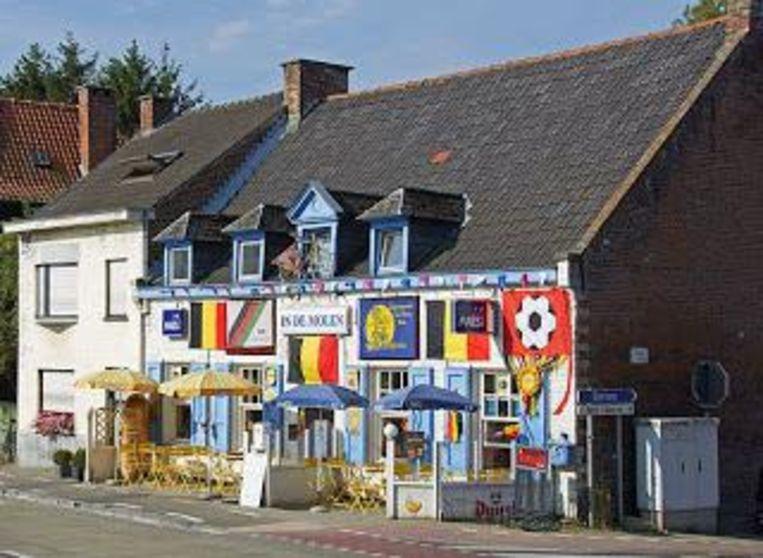 Voor een pint met een portie geschiedenis ben je bij In de oude molen aan het juiste adres. Beeld RF
