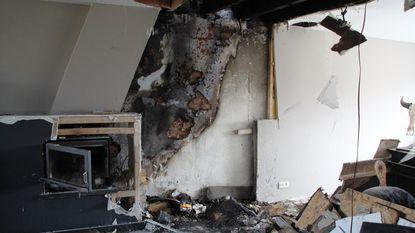 """""""Brand flakkerde weer op, met meer schade als gevolg"""""""