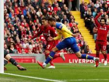 Eigen goal Hoedt, Liverpool inmiddels op rozen tegen Southampton