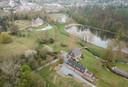 Le BB Park 7 est à droite sur la photo. A gauche, on voit le château du comte Louis de Limburg Stirum.