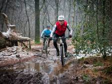 Mountainbikeroute Westermeerwijk niet dicht, wel ingekort voor onderzoek naar vliegend hert