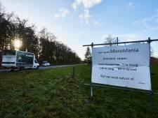 Grootschalig protest tegen komst van dierenpark MicroMania naar Lochem: 'Pretpark voor dierenleed'