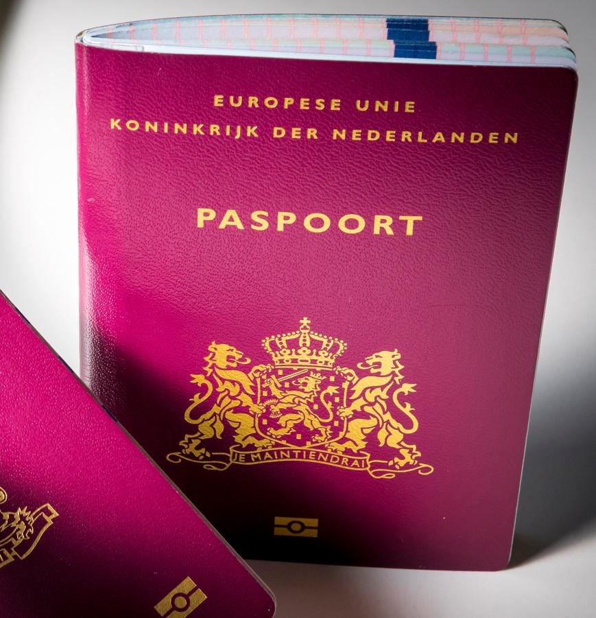 In Bergen op Zoom moet je even geduld hebben voordat je een nieuw paspoort hebt.