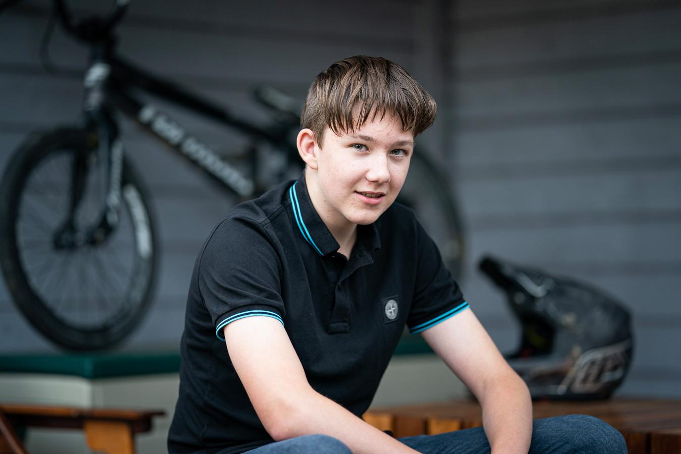 Merijn Zuiderveld kwam begin juni bij een BMX-training in Tiel genadeloos ten val. Hij overleefde ternauwernood.