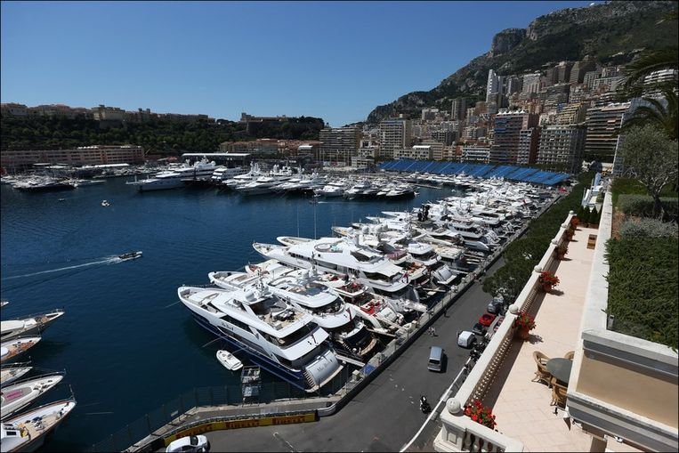 Ah, Monaco! Alles draait hier om luxe en gezien worden. En toch moet je dit als toerist ooit eens gezien hebben om erover mee te kunnen spreken. Beeld PHOTO_NEWS