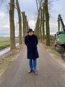Eric Meijer maakt namens het Landschapskundig Museum en zichzelf bezwaar tegen de kaalkap van populieren aan de Zeedijk in Dordrecht.