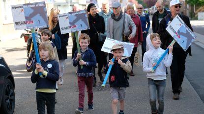 """Burgerplatvorm Vliegerplein voert actie: """"Stop subsidiëring van verlieslatende luchthaven van Deurne"""""""