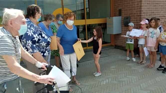 Sint-Lievensinstituut slaat brug tussen leerlingen en buren van woonzorgcentrum