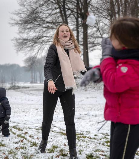Sneeuwballengevecht op oud strijdtoneel bij Renswoude