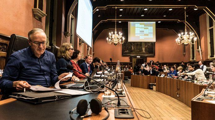 De Gentse gemeenteraad kan in principe door iedereen worden bijgewoond, maar heel weinig mensen doen dat.