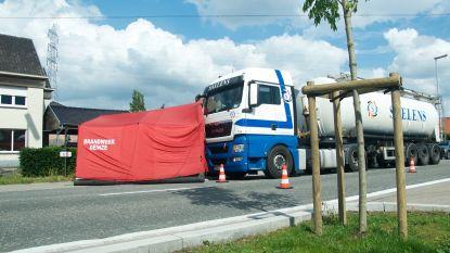 Dodelijk ongeval in Olsene: Zaakvoerder van renovatiebedrijf aangereden door vrachtwagen