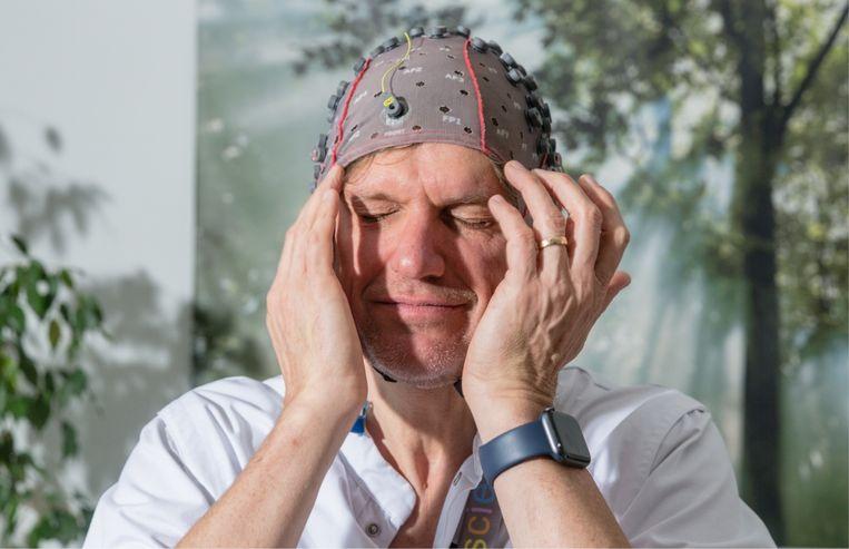 Het brein van een muis kan nog altijd meer dan de krachtigste supercomputer. Muizen hebben empathie, een computer niet. Artificiële intelligentie is niet intelligent, ze kan alleen maar algoritmes toepassen. Beeld Sander De Wilde
