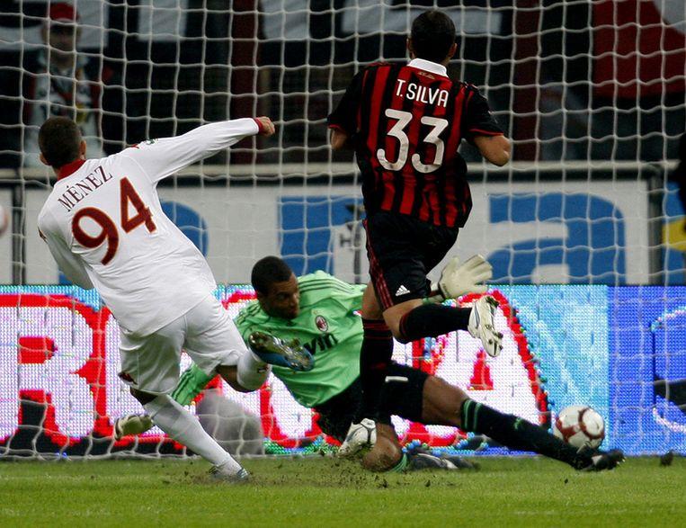 Menez scoorde al na twee minuten na een flater van Thiago Silva. Beeld UNKNOWN