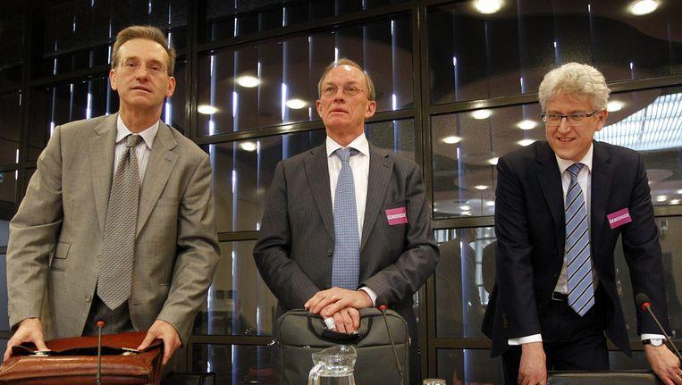 VLNR: Oud-DNB-directieleden Lex Hoogduin, Arnold Schilder en Rudi Kleiwegt tijdens de hoorzitting in de Tweede Kamer over de nationalisatie van SNS Reaal Beeld ANP
