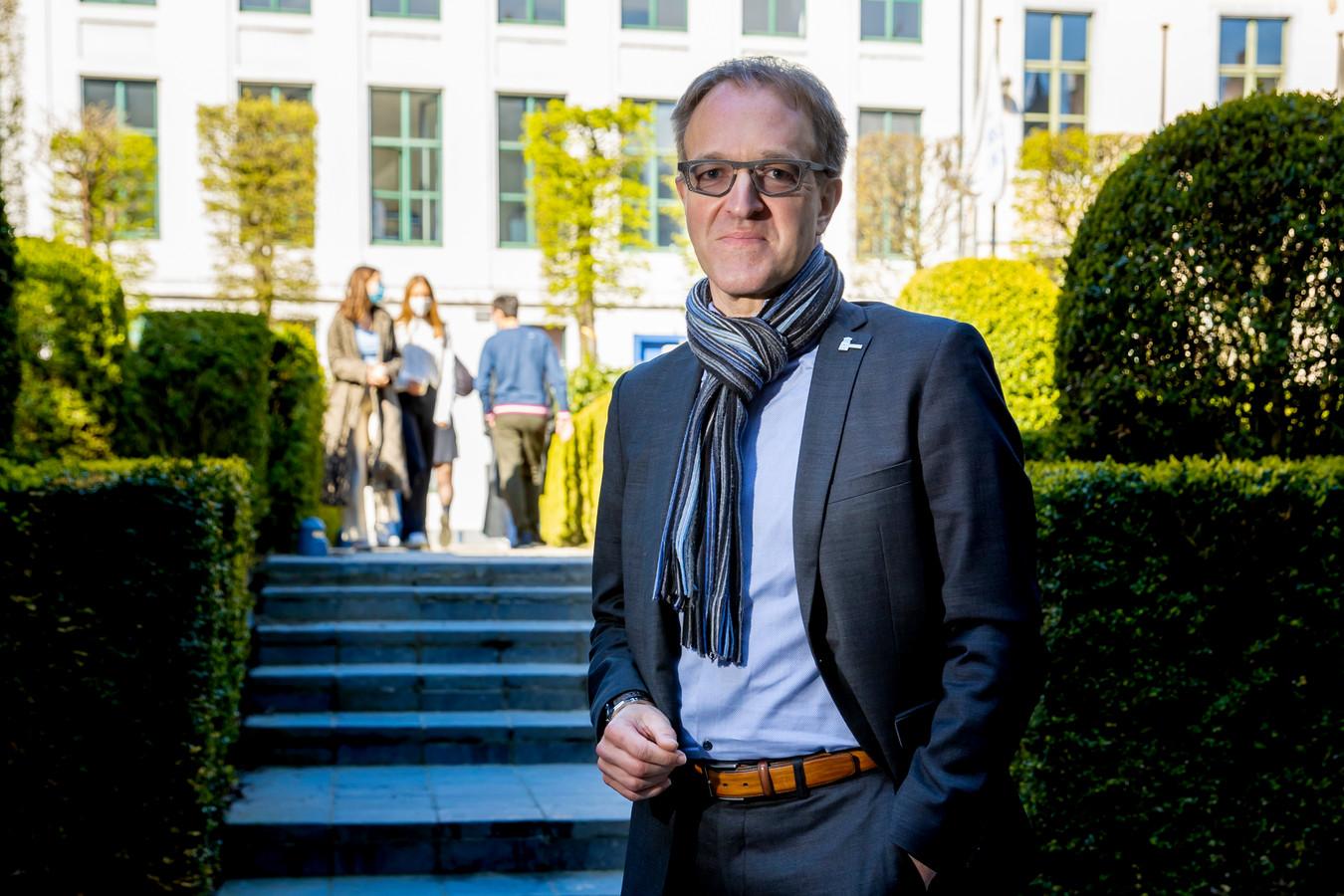 Rector Rik Van de Walle, buurman van de Vooruit