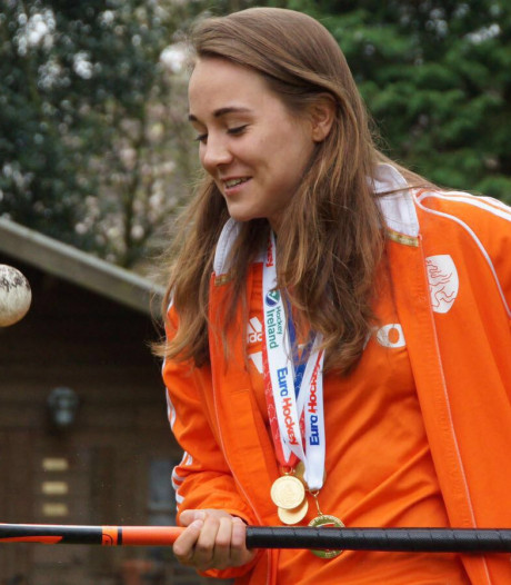 Hockeyster Bosch uit Nijmegen bij Jong Oranje ondanks enkelblessure