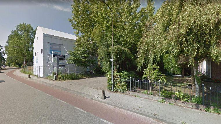 De ingang van Life! in Landsmeer. Volgens NRC en De Monitor zou de school het Avatar-gedachtegoed toepassen Beeld Google Street View