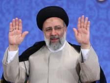 L'ultraconservateur Ebrahim Raïssi intronisé président de l'Iran