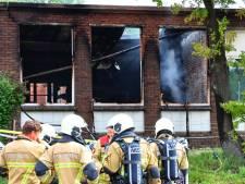 Schade bij chemiebedrijf in Enschede groot na uitslaande brand