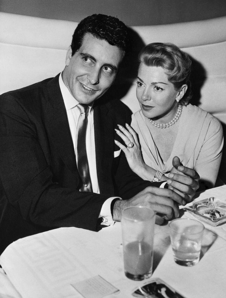 De glamoureuze filmster Lana Turner en haar vriend, maffiafiguur Johnny Stompanato.