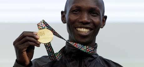 Kipsang dicht bij wereldrecord in marathon Tokio