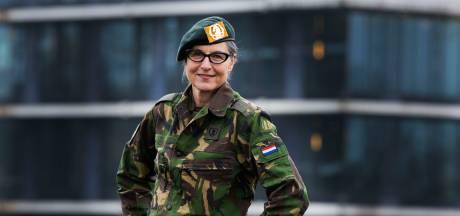 Jacqueline besloot op haar 52ste militair te worden: 'Papa zou van oor tot oor hebben geglimlacht'
