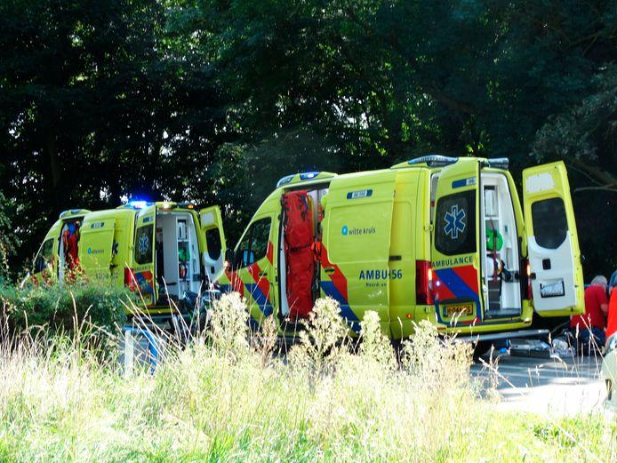Hulpdiensten in Winterswijk na het eenzijdige ongeval.
