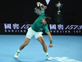AUSTRALIAN OPEN. Djokovic ruïneert racket maar haalt het van Zverev - Serena op schema voor 24ste grandslamtitel
