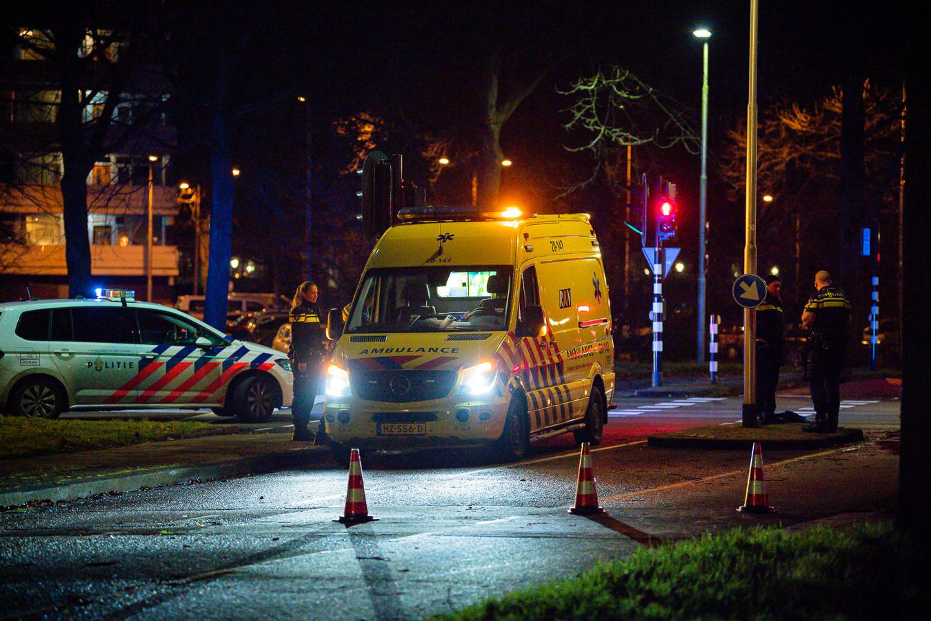 Hulpdiensten bij de Heikantlaan in Tilburg.