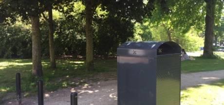 Troep na picknick in het park? Niet in de prullenbak, zegt gemeente Leiden