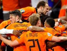 Raad Uden vergadert vroeger om Oranje te kunnen zien voetballen