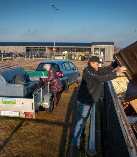 Veel minder grofvuil in Rheden sinds inzameling geld kost