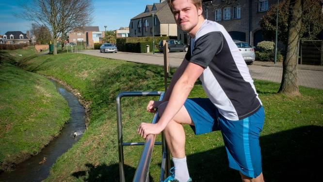 """Anton (25) raakte twee keer verlamd, straks loopt hij marathon voor het goede doel: """"Papa van Brenn loopt laatste kilometer mee"""""""