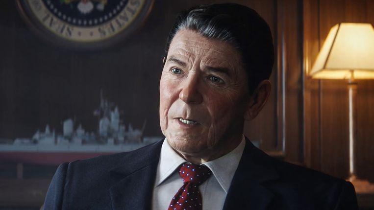 Het gelaat van voormalig Amerikaans president Ronald Reagan, een zijpersonage in 'Call of Duty Black Ops: Cold War', vertoont nog diepere groeven op de PlayStation 5 en Xbox Series. Beeld Activision