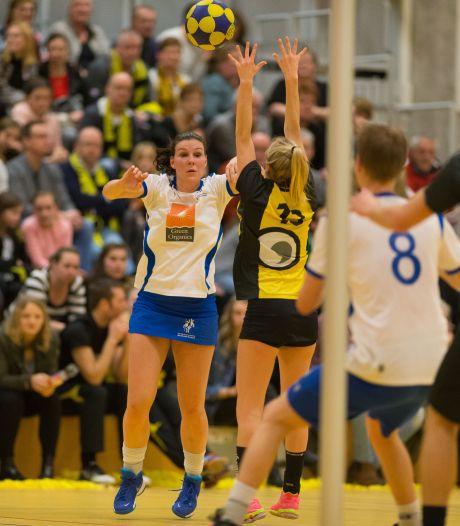 Korfballers beginnen zaalcompetitie met schone lei, Kamper derby in ere hersteld