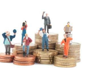 Bijklussen als student zonder financiële kater: dit zijn de belangrijkste voorwaarden